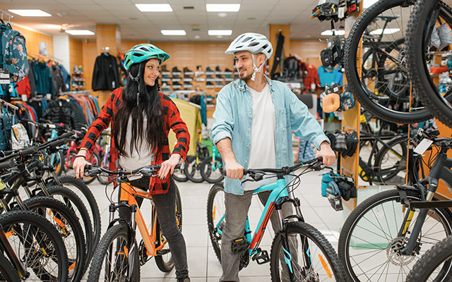 Nakup kolesa v fizični trgovini