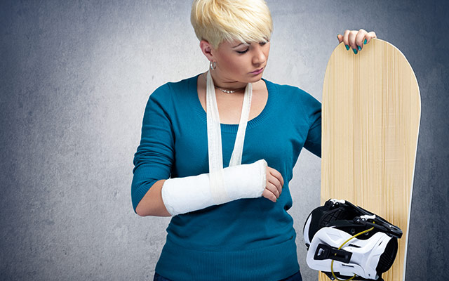 Snowboard - poškodba roke
